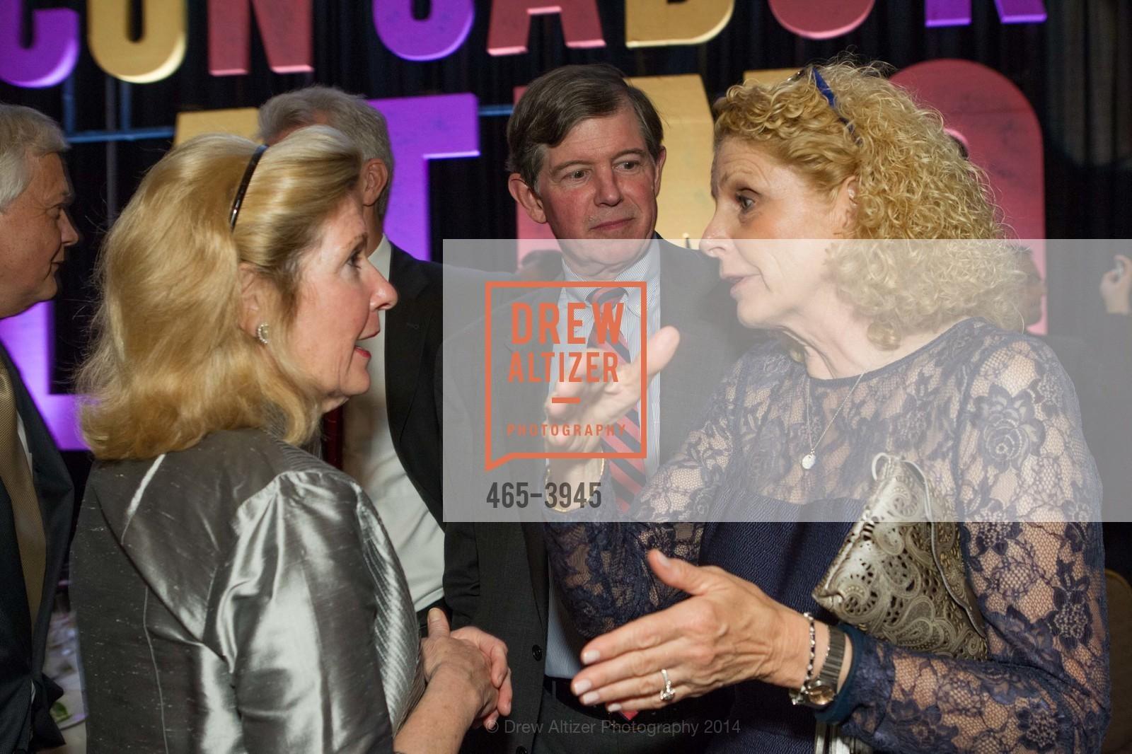 Barbara Rambo, Tony Earley, Sarah Earley, Photo #465-3945