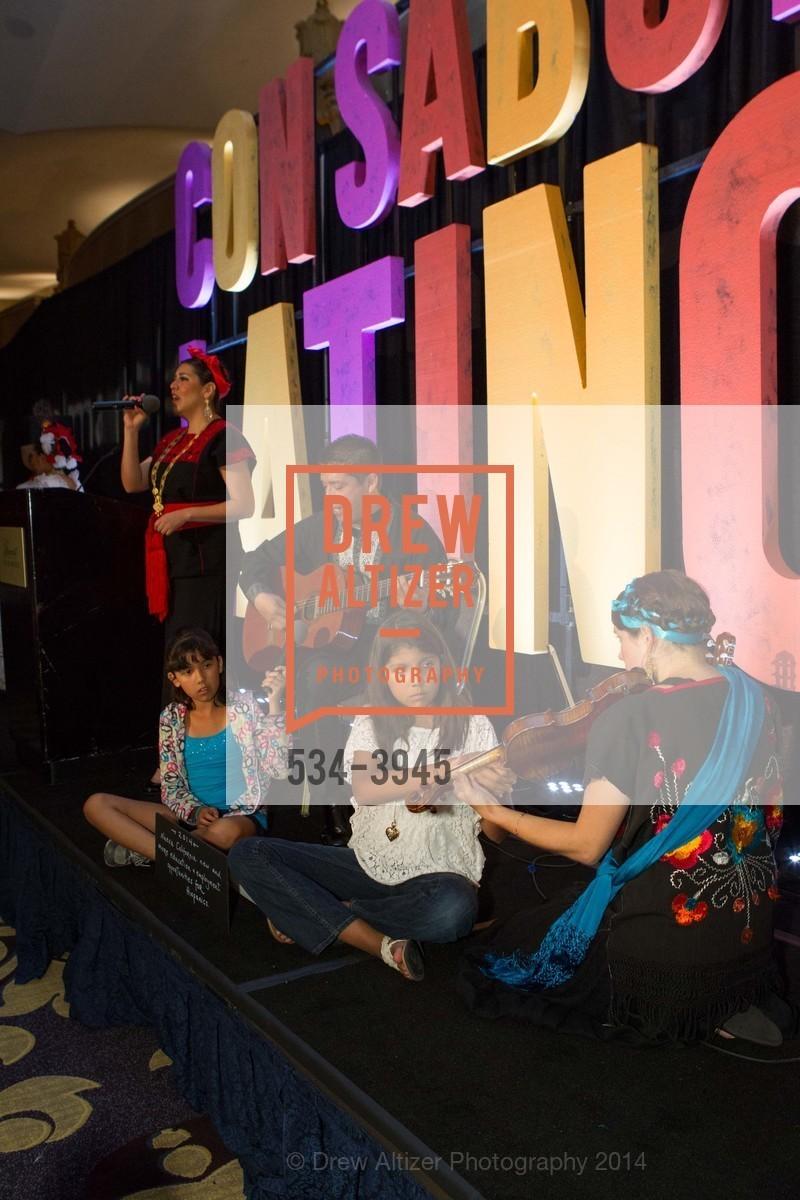 Performance, Photo #534-3945
