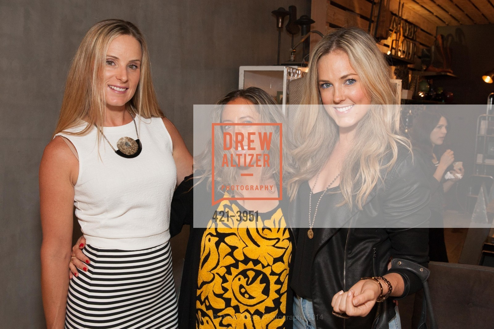 Erin Lambert, Lauren Jensen-Akula, Parryn Lambert, Photo #421-3951
