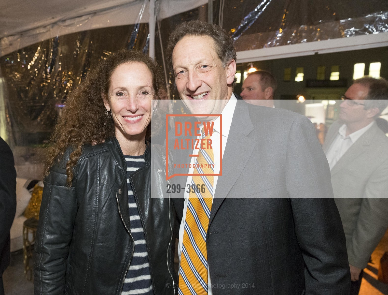 Laura Fisher, Larry Baer, Photo #299-3966