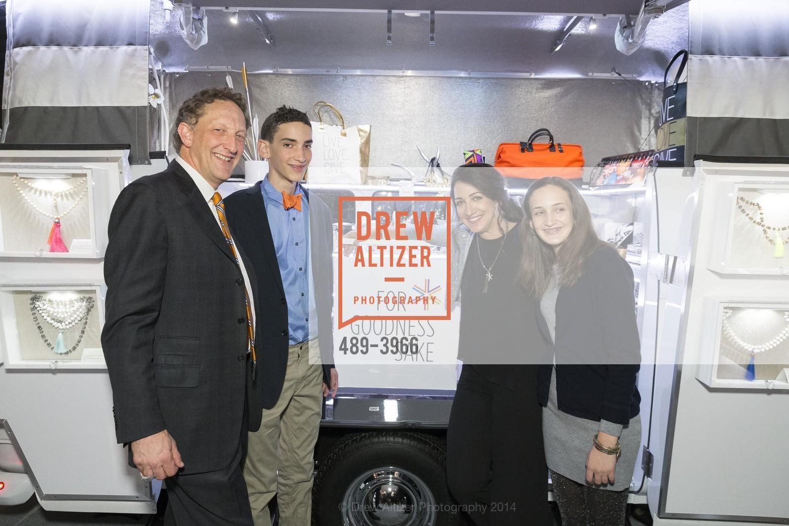 Larry Baer, Zack Baer, Pam Baer, Alana Baer, Photo #489-3966