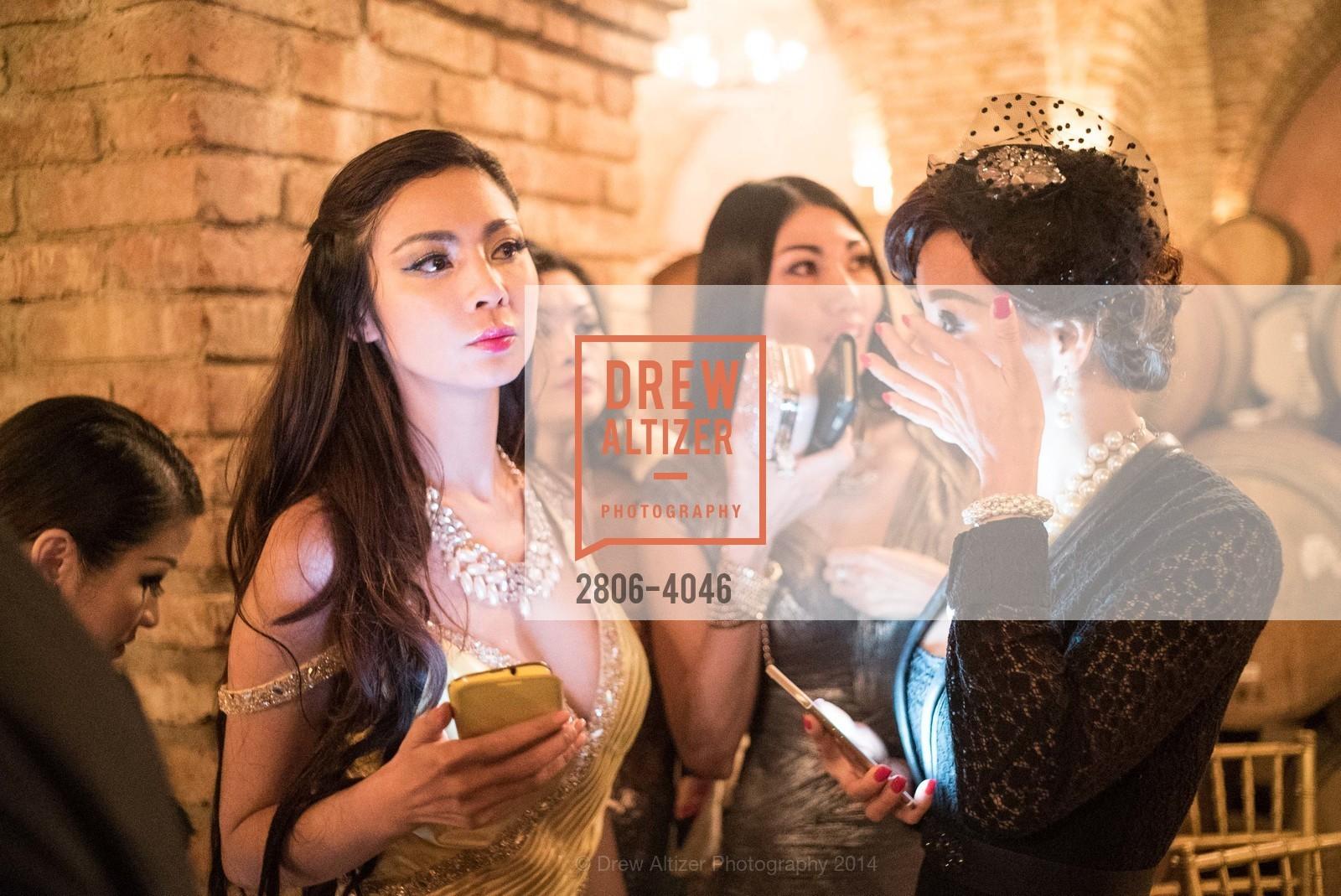 Tina Ha, Nina Bao, Photo #2806-4046