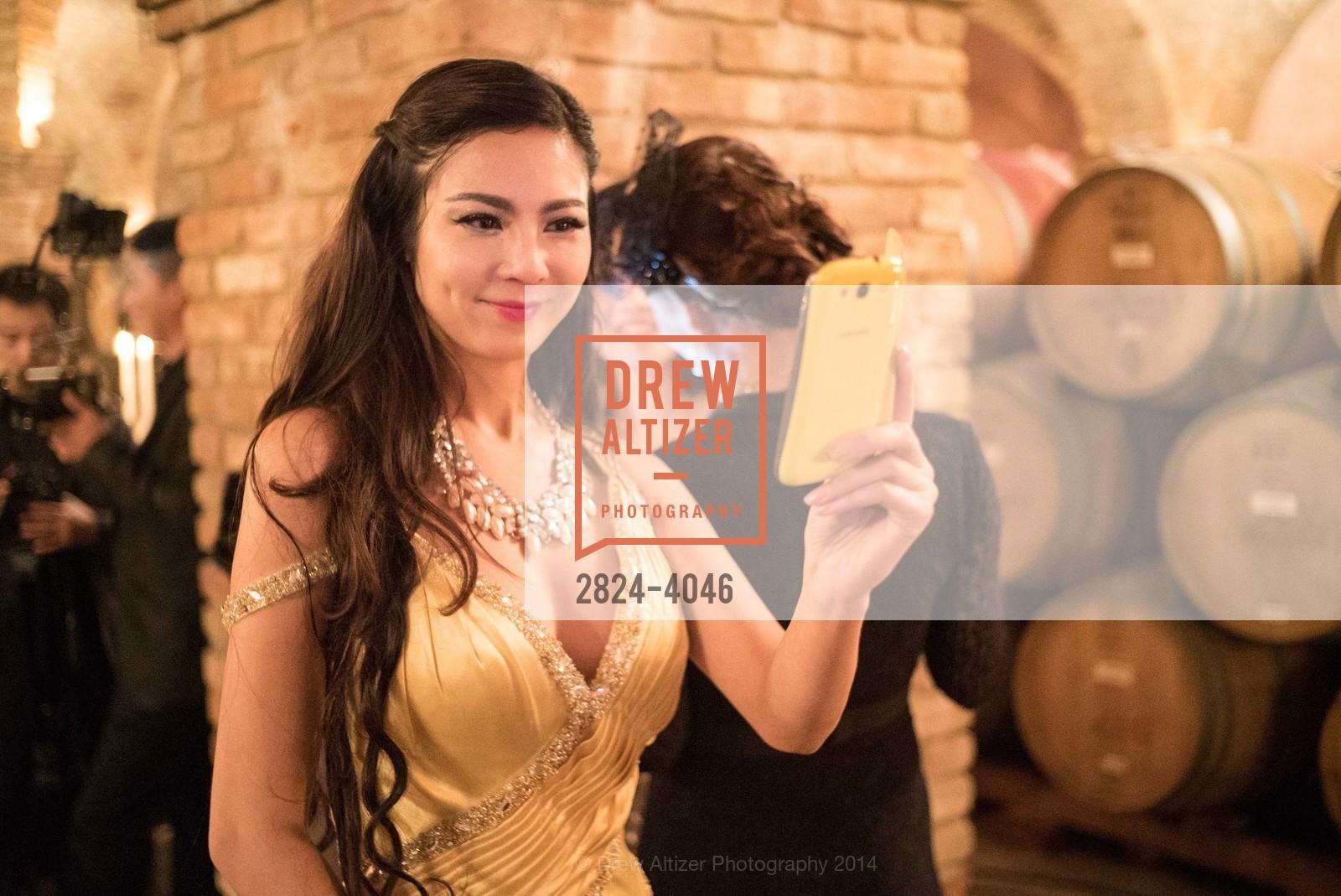 Tina Ha, Photo #2824-4046