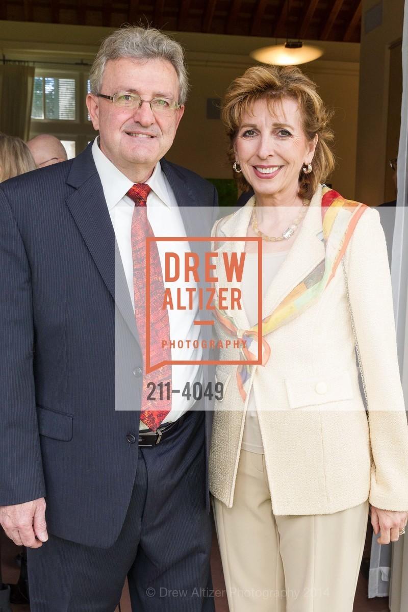 Spyros Tseregounis, Chancellor Linda Katehi, Photo #211-4049