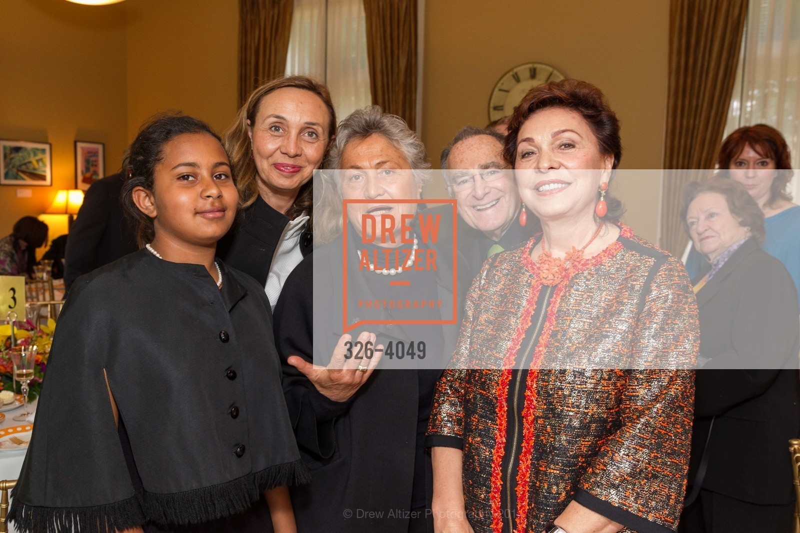 Camilla Ruini, Beatrice Ruini, Corina Manetti, Jan Shrem, Maria Manetti Shrem, Photo #326-4049