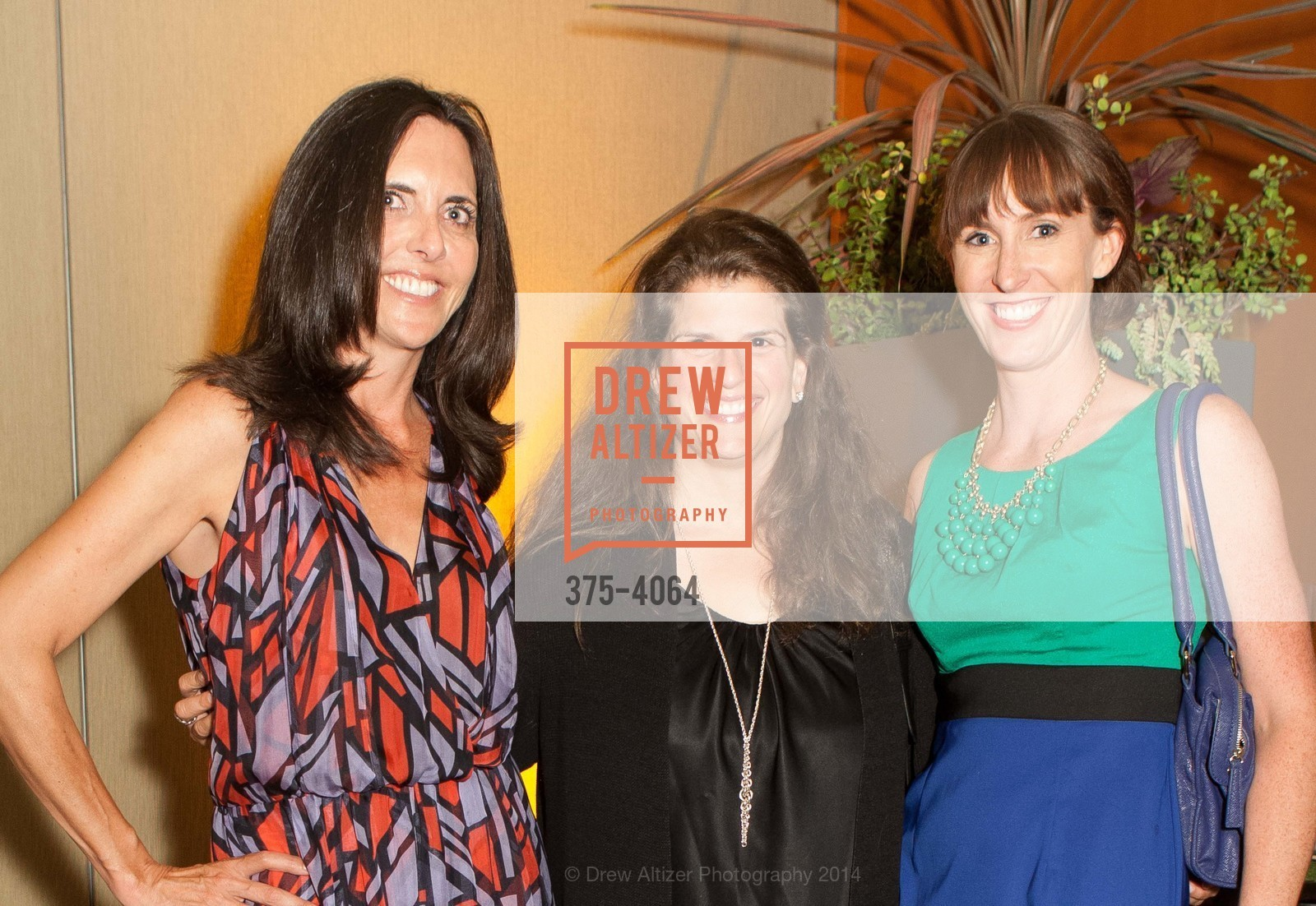 Michele Sharkey, Amy Wender-Hoch, Michelle Lago, Photo #375-4064