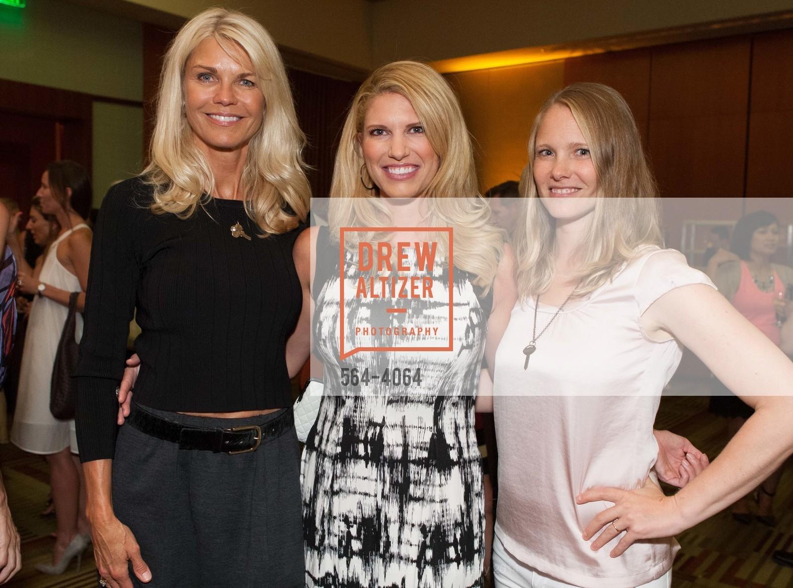 Jennifer Montana, Sarah Harbaugh, Danielle York, Photo #564-4064