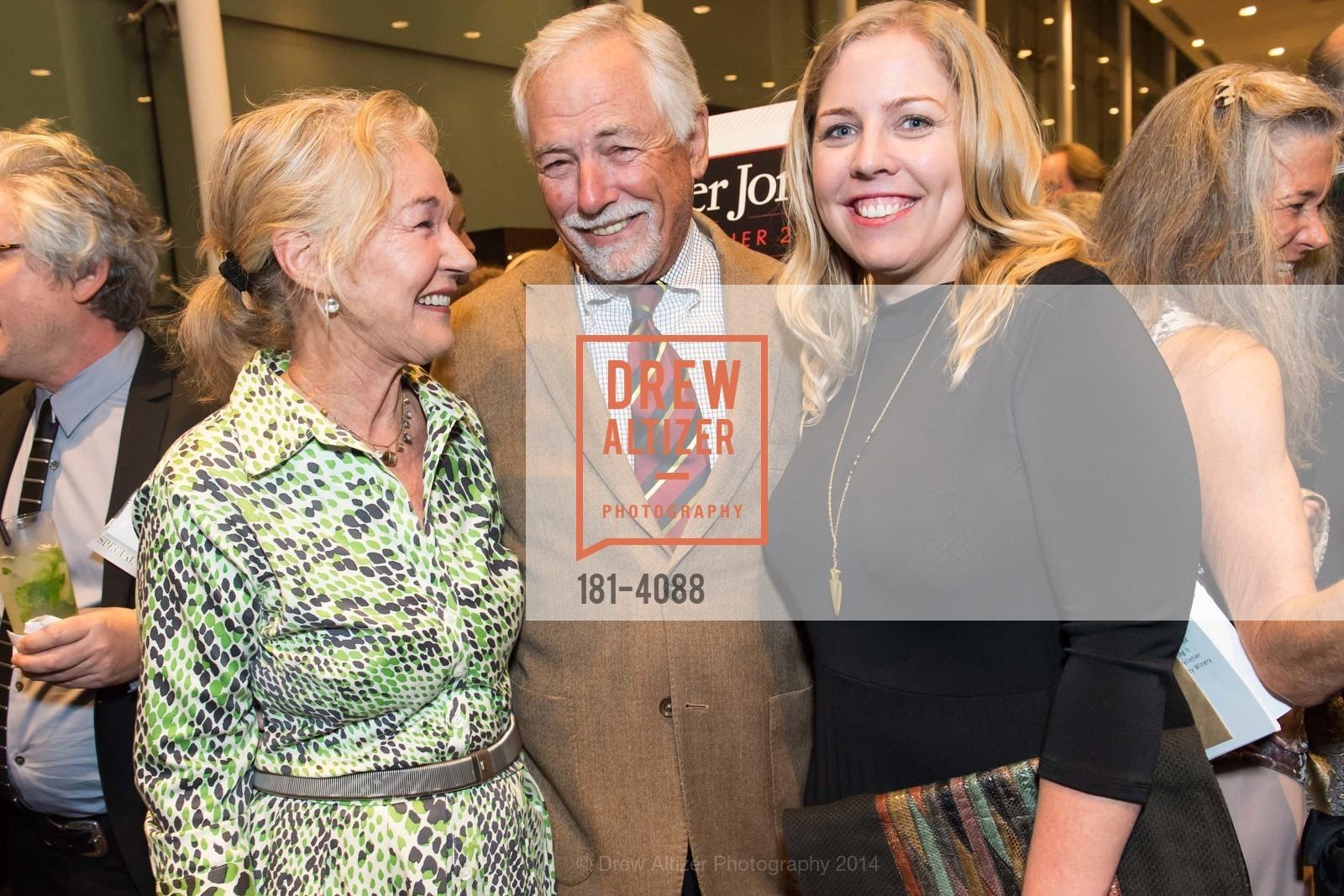 Susie Tompkins Buell, Mark Buell, Lauren Asdal, Photo #181-4088