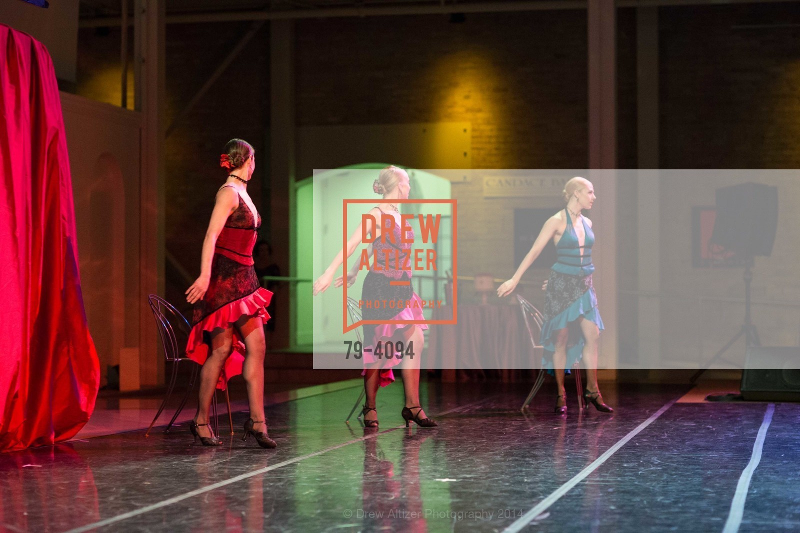 Performance, Photo #79-4094