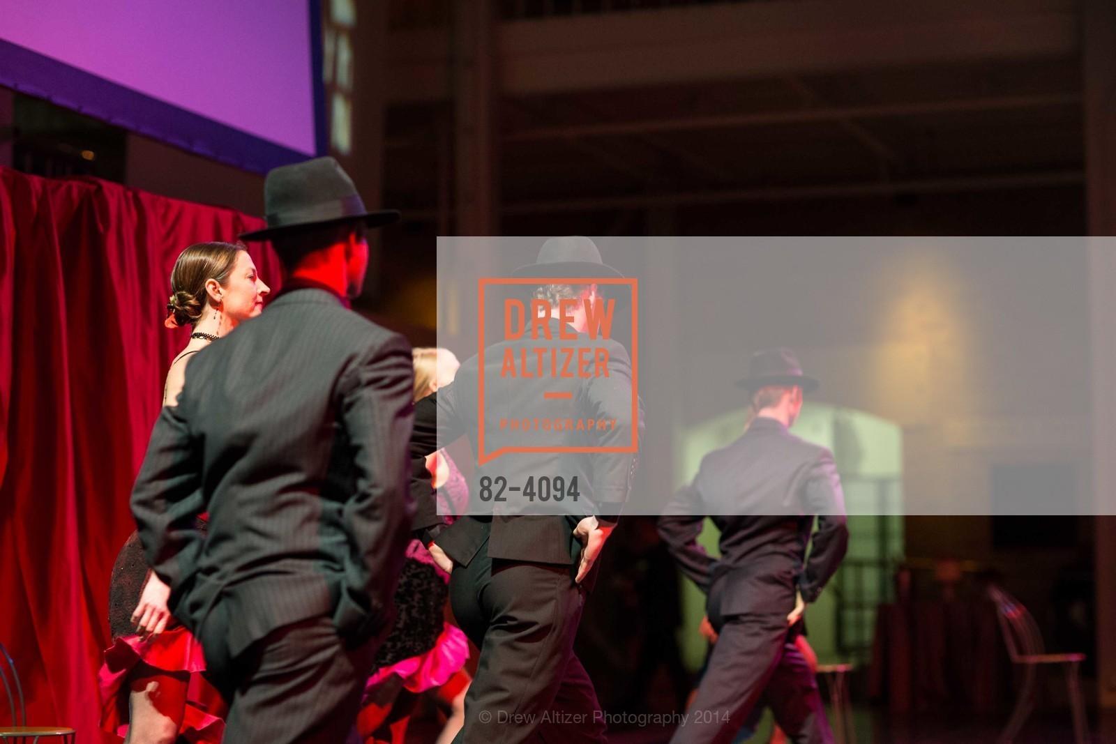 Performance, Photo #82-4094