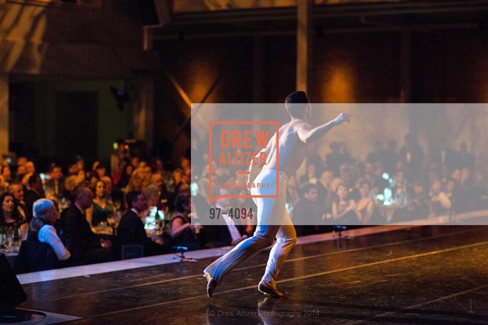Performance, Photo #97-4094
