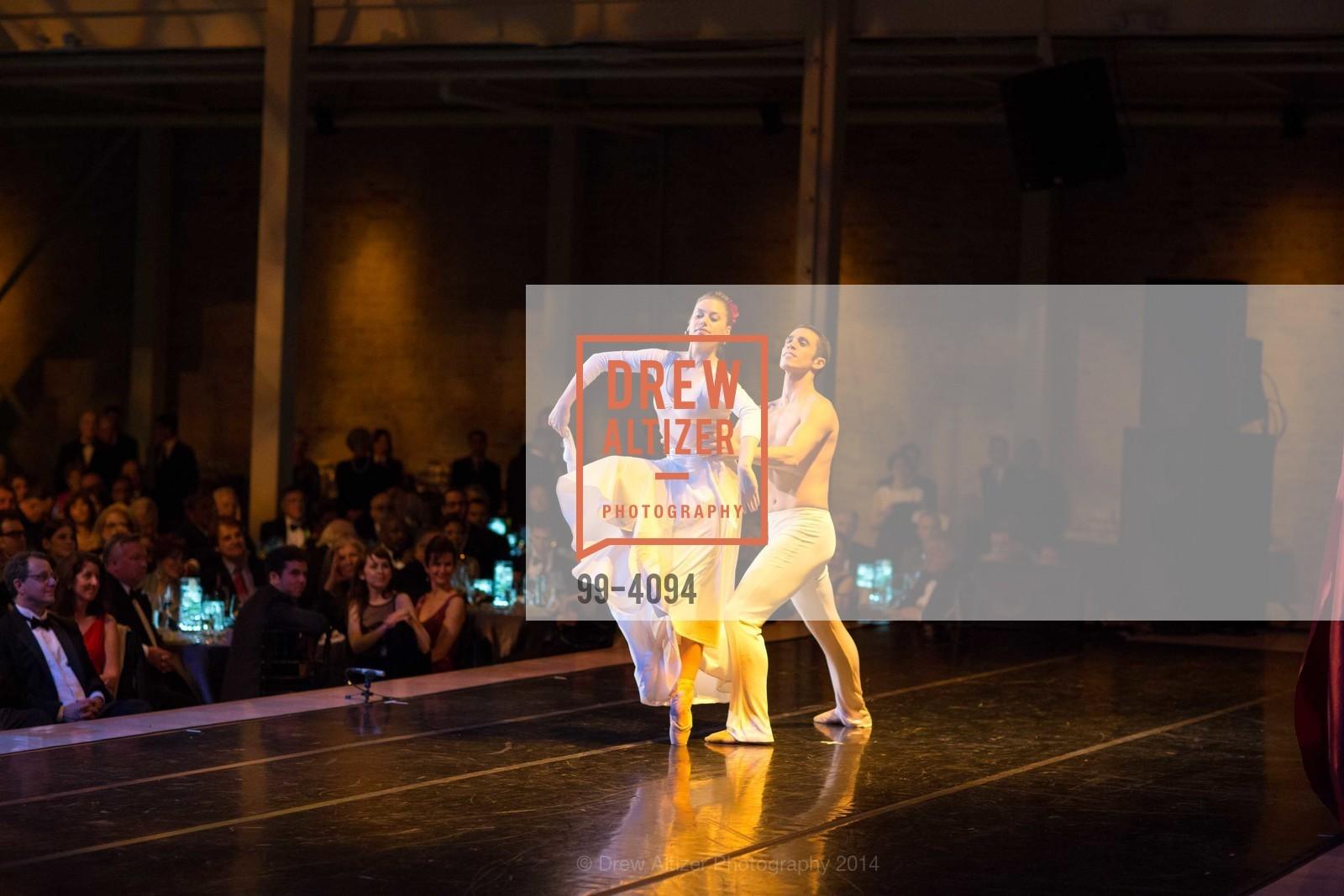 Performance, Photo #99-4094