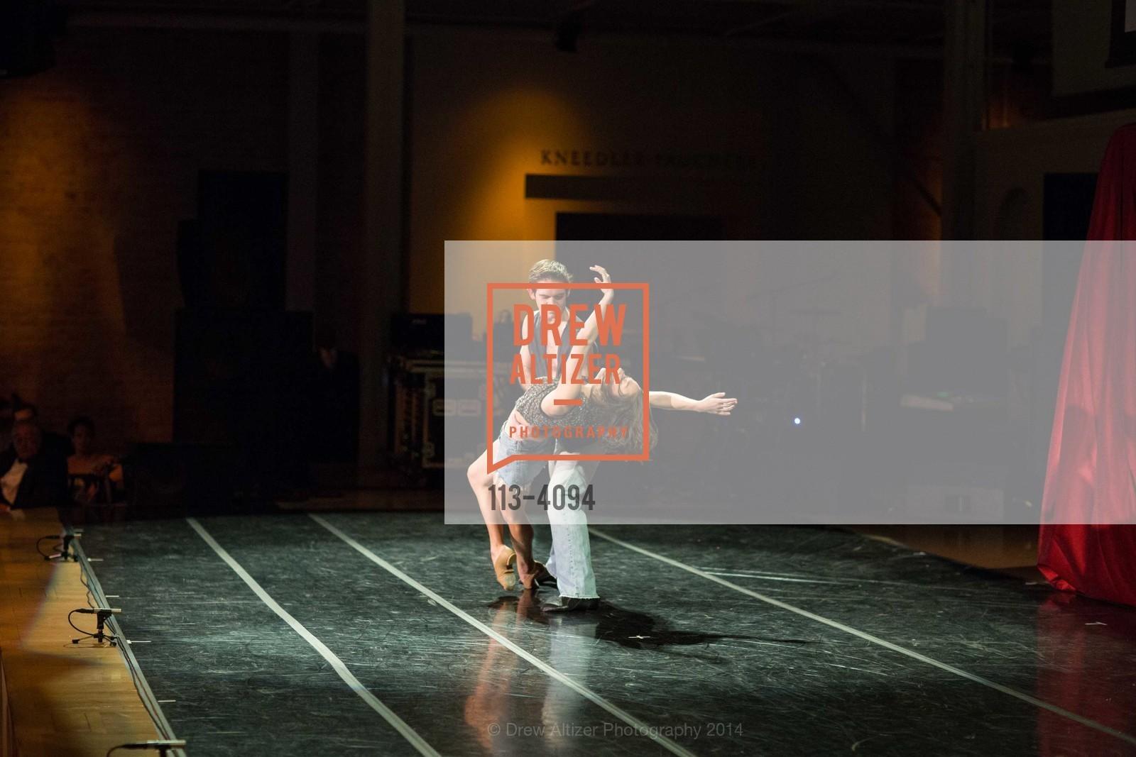 Performance, Photo #113-4094