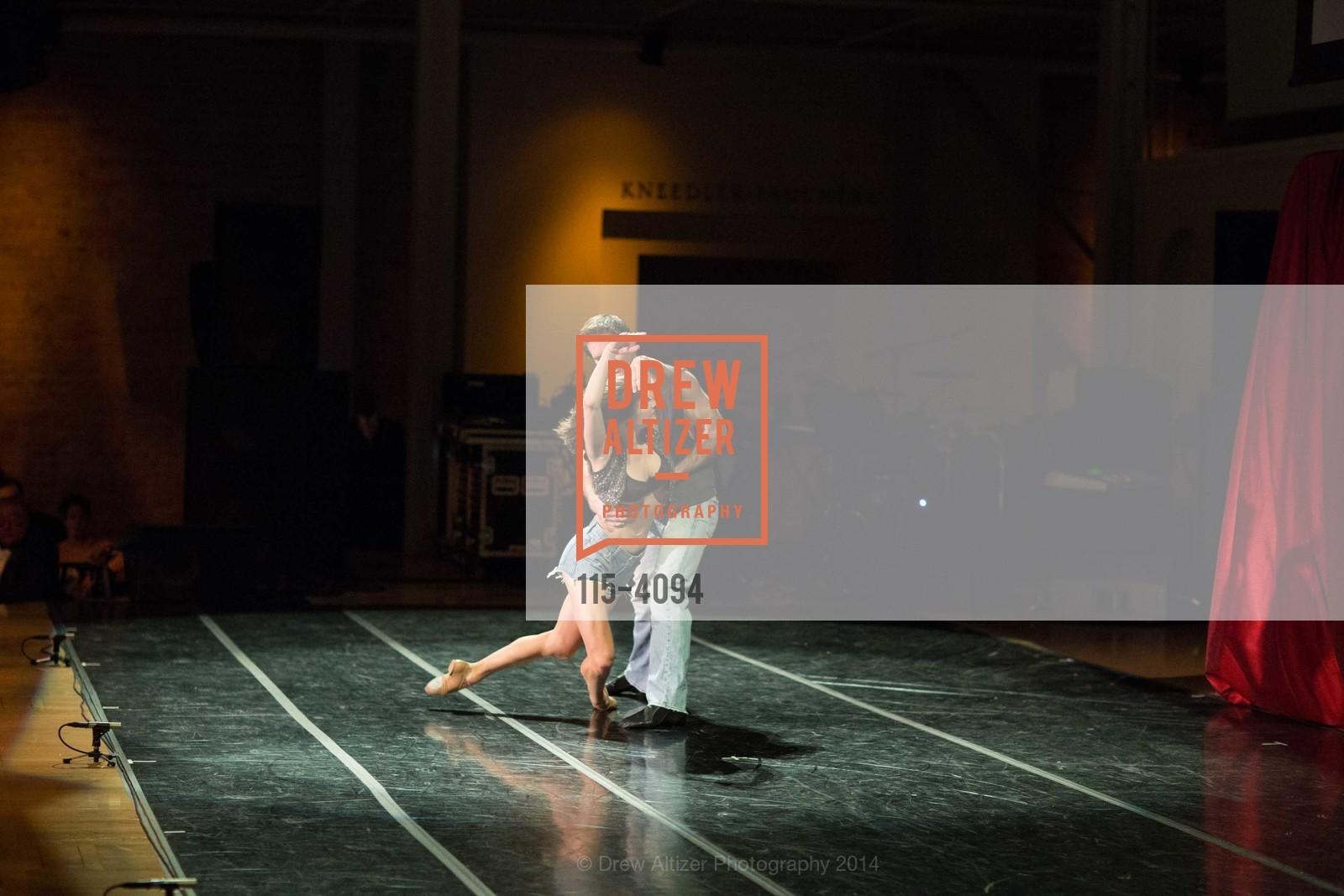 Performance, Photo #115-4094