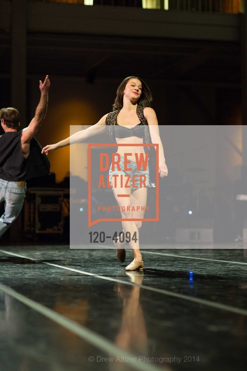Performance, Photo #120-4094
