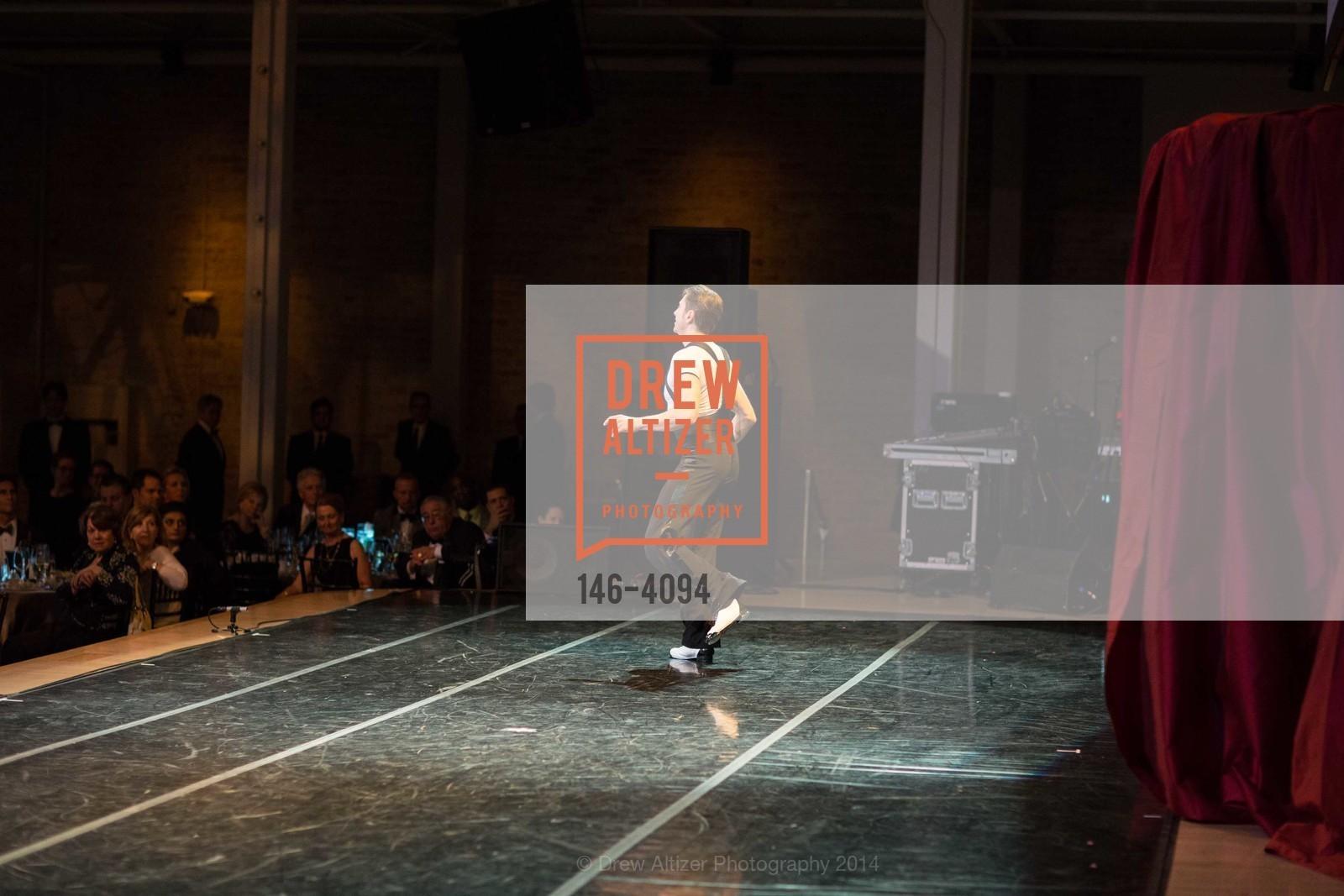 Performance, Photo #146-4094