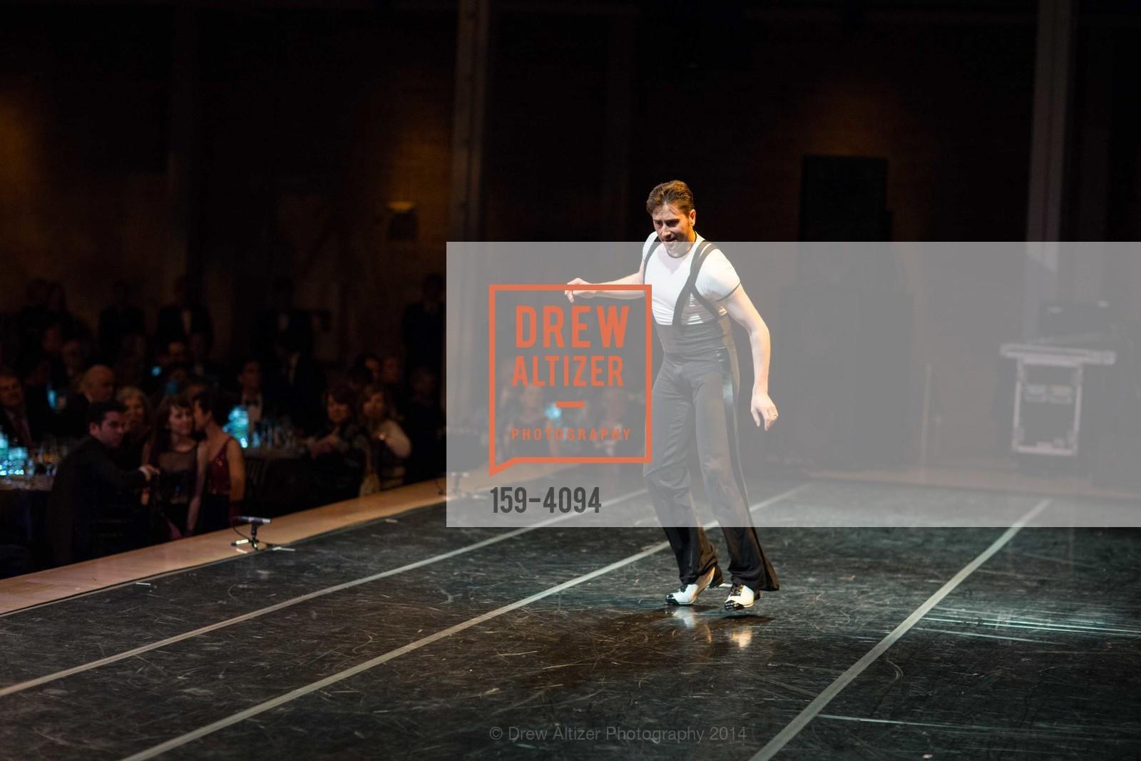 Performance, Photo #159-4094