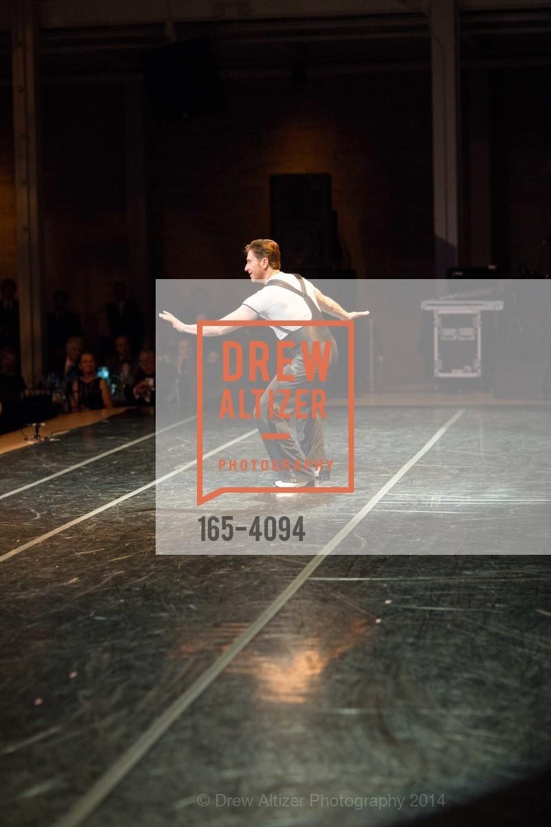 Performance, Photo #165-4094