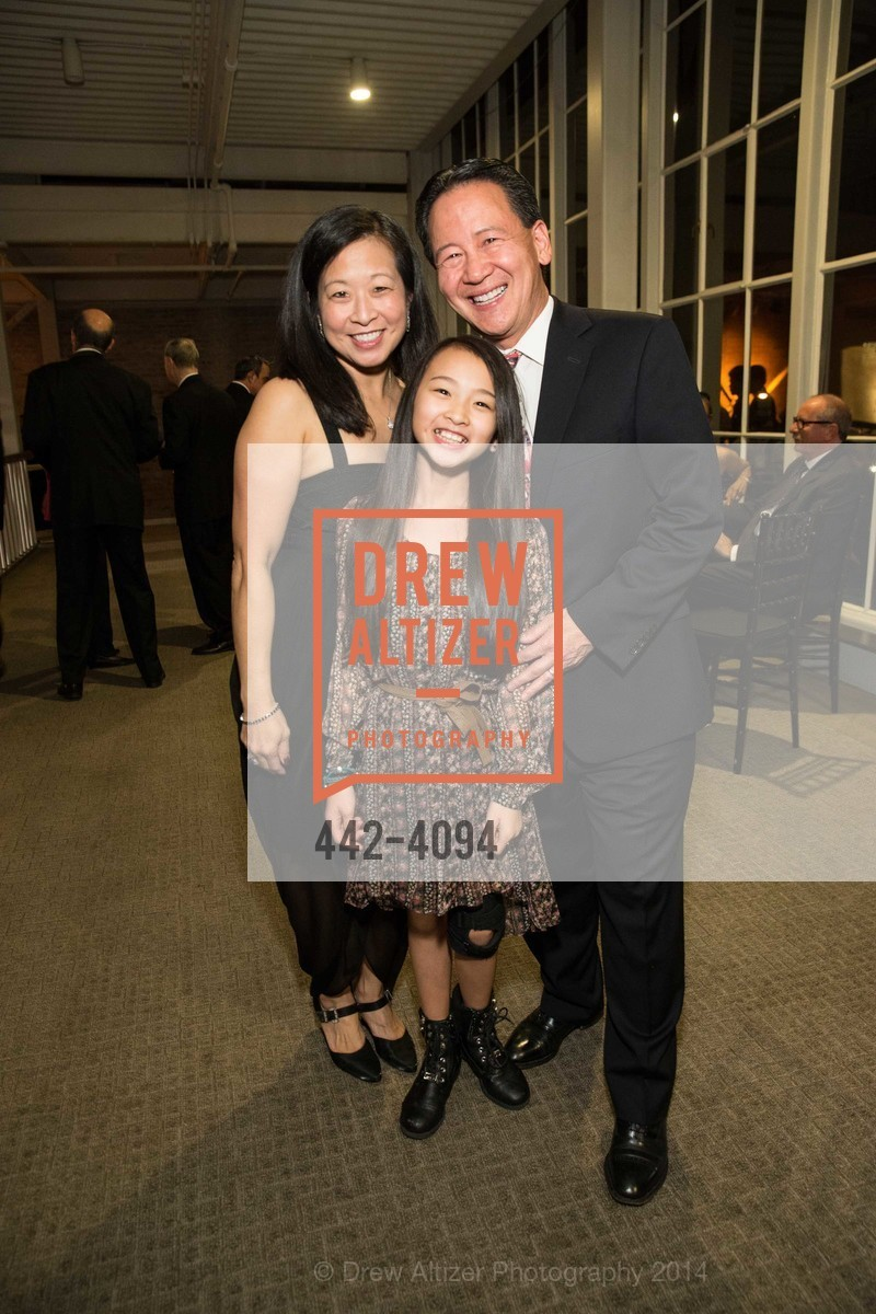 An H. Chen, Patti Chen, Clement Chen, Photo #442-4094