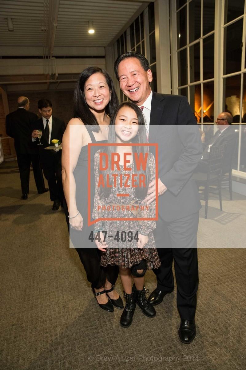 An H. Chen, Patti Chen, Clement Chen, Photo #447-4094