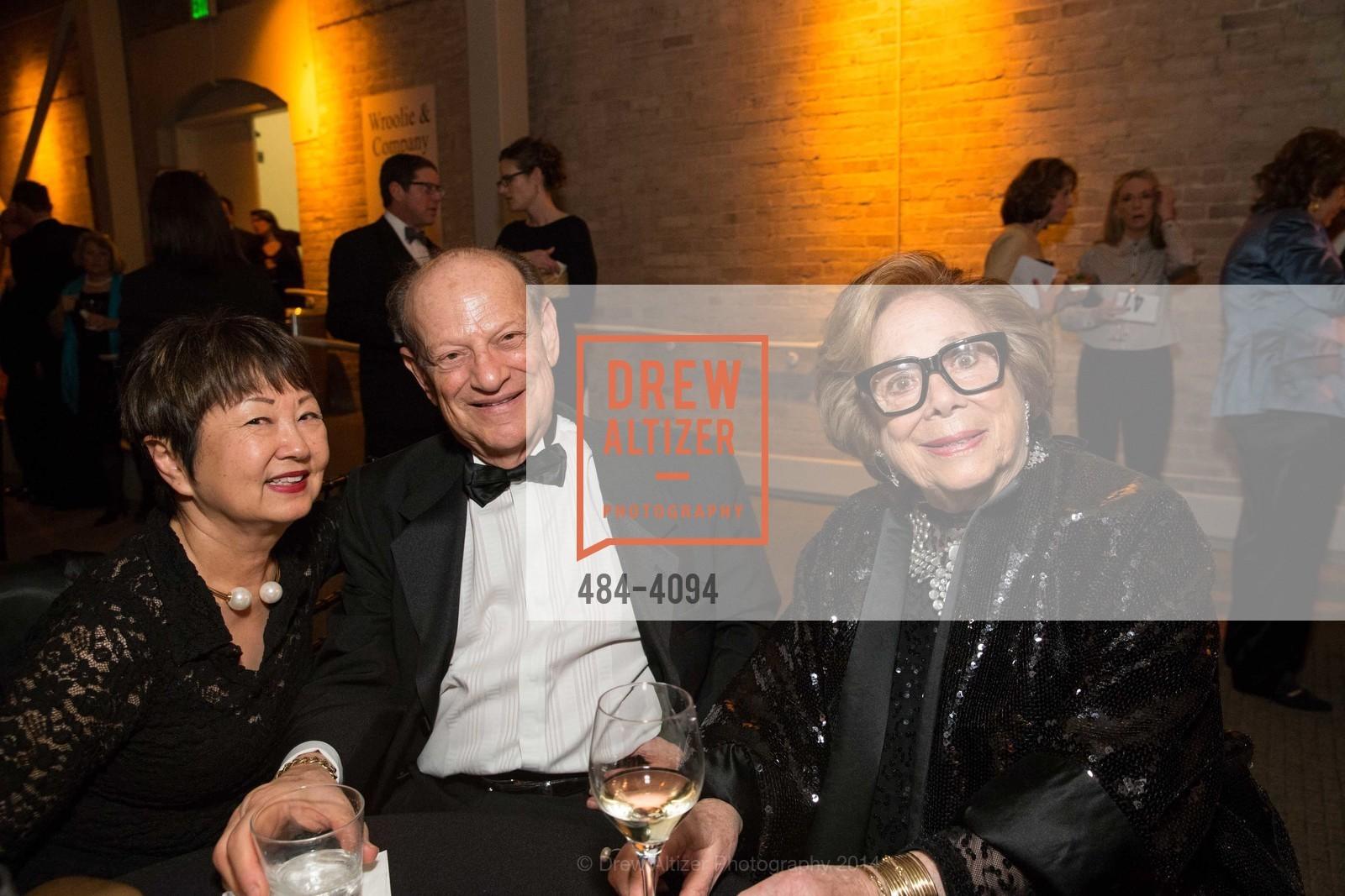 Linda Spence, Joe Diamond, Ellen Newman, Photo #484-4094