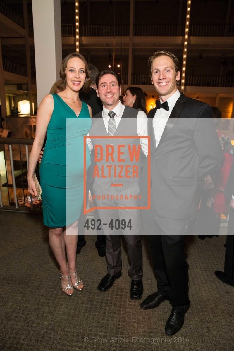 Kaleena Hurlburt, Shannon Hurlburt, Aaron Thayer, Photo #492-4094