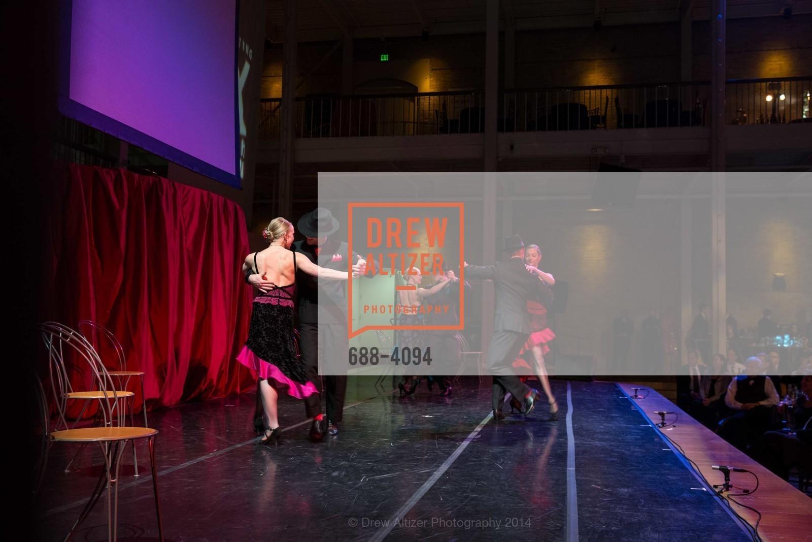 Performance, Photo #688-4094