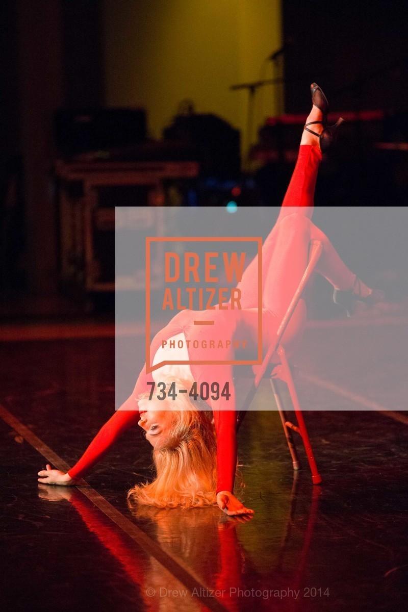 Performance, Photo #734-4094