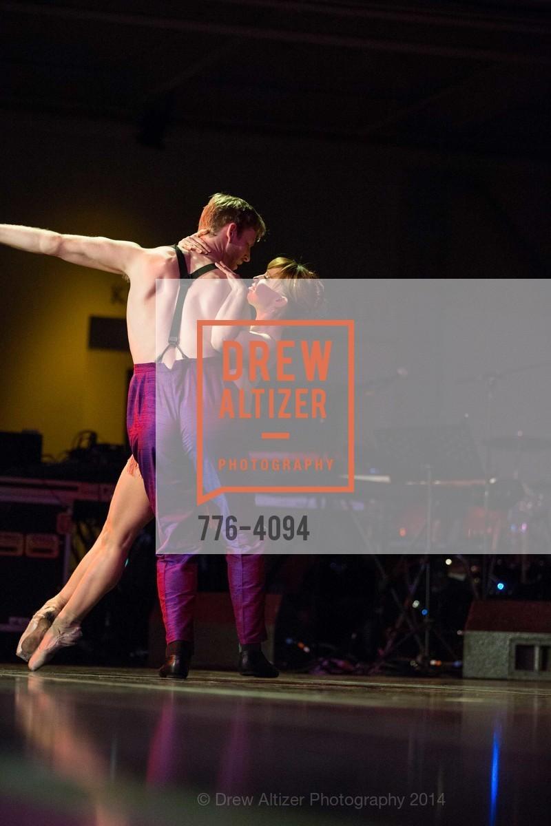 Performance, Photo #776-4094