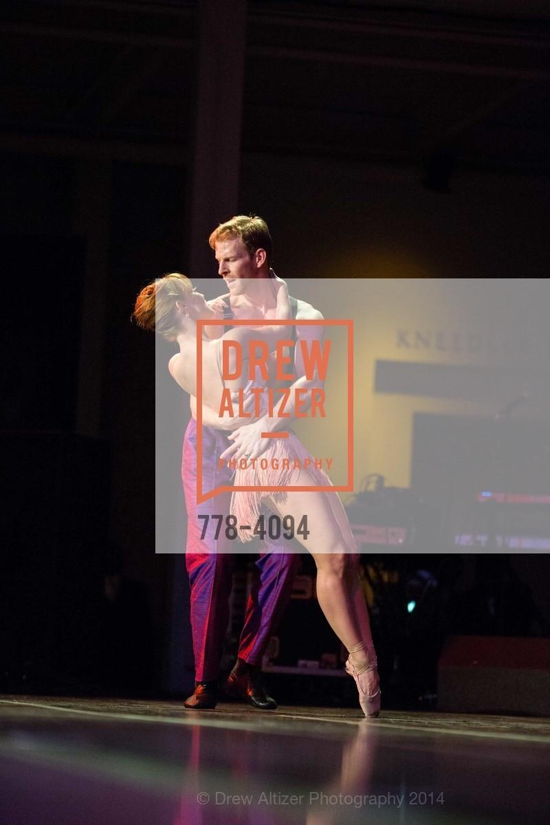 Performance, Photo #778-4094