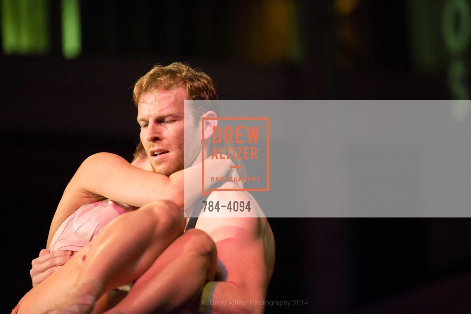 Performance, Photo #784-4094