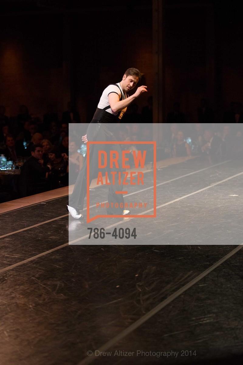 Performance, Photo #786-4094
