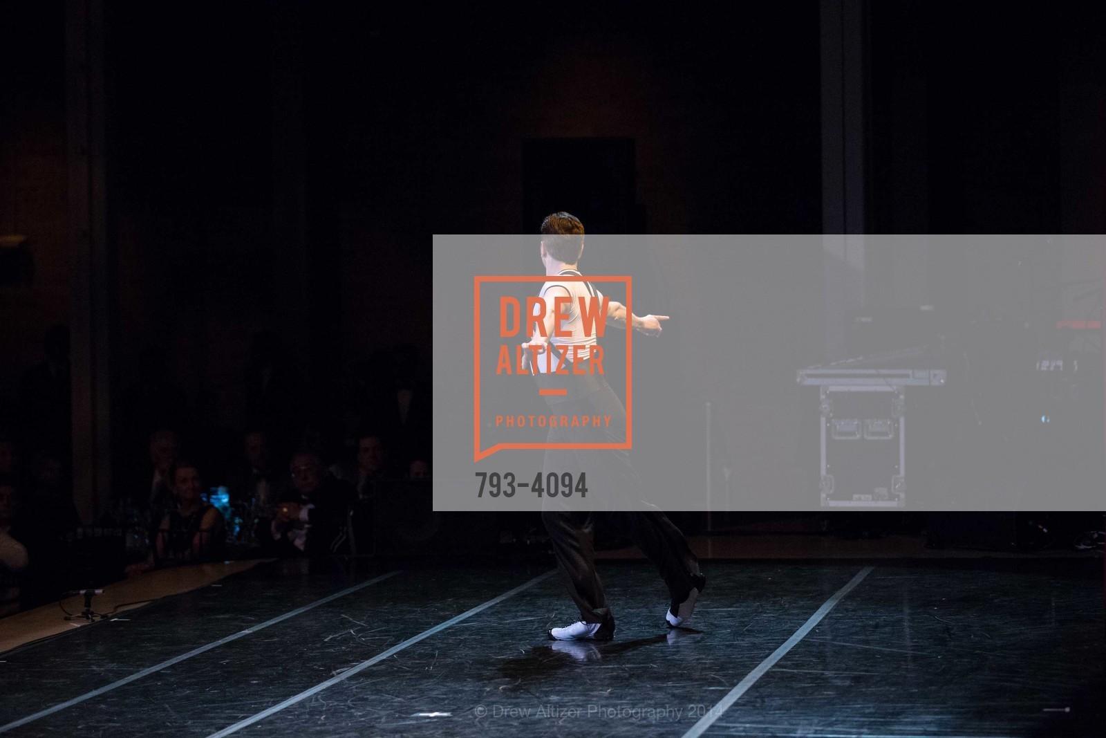 Performance, Photo #793-4094