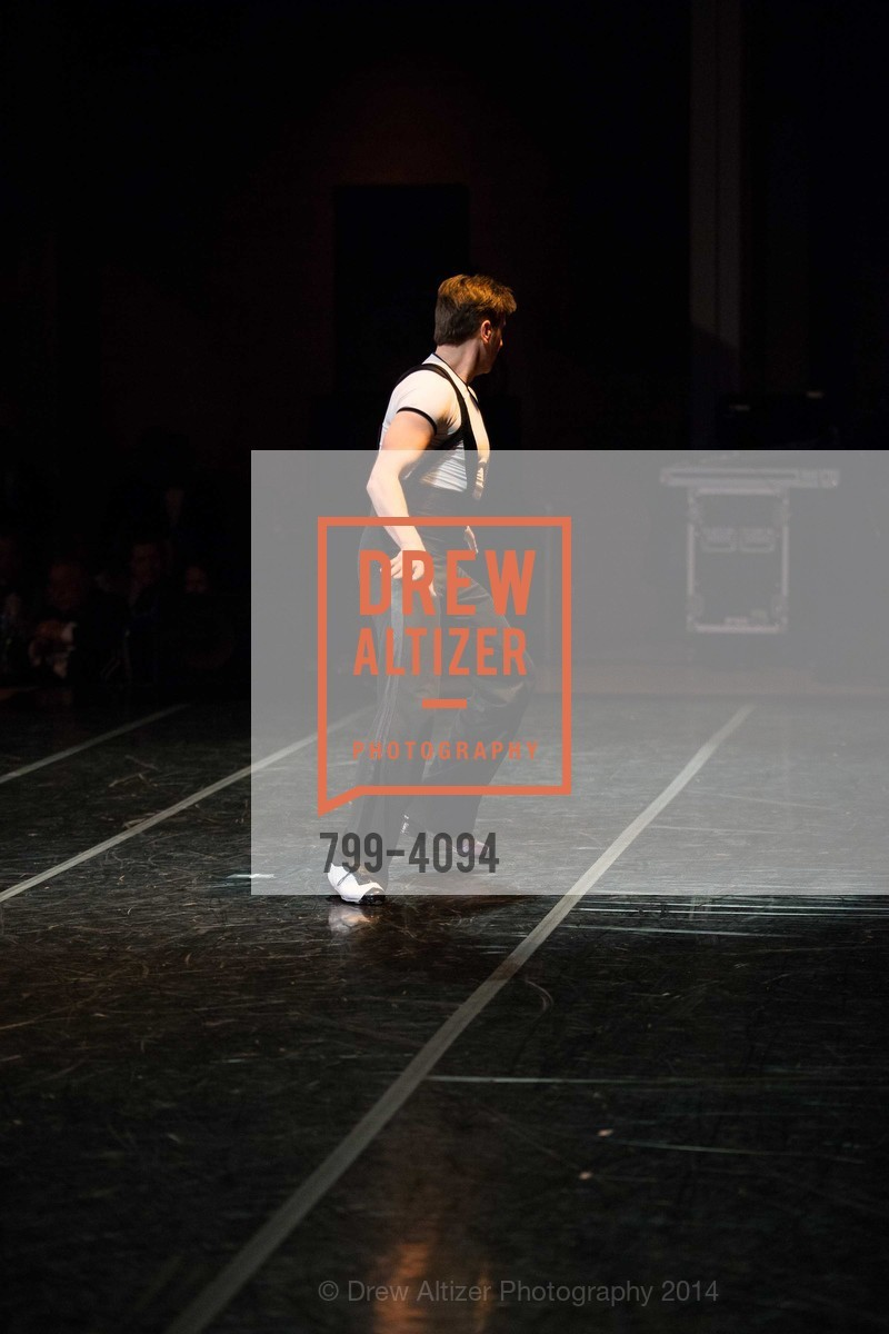 Performance, Photo #799-4094