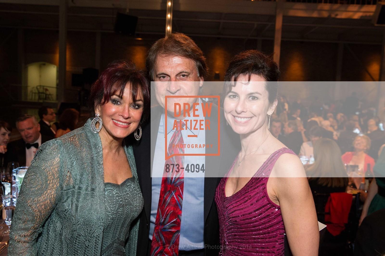 Elaine La Russa, Tony La Russa, Celia Fushille, Photo #873-4094