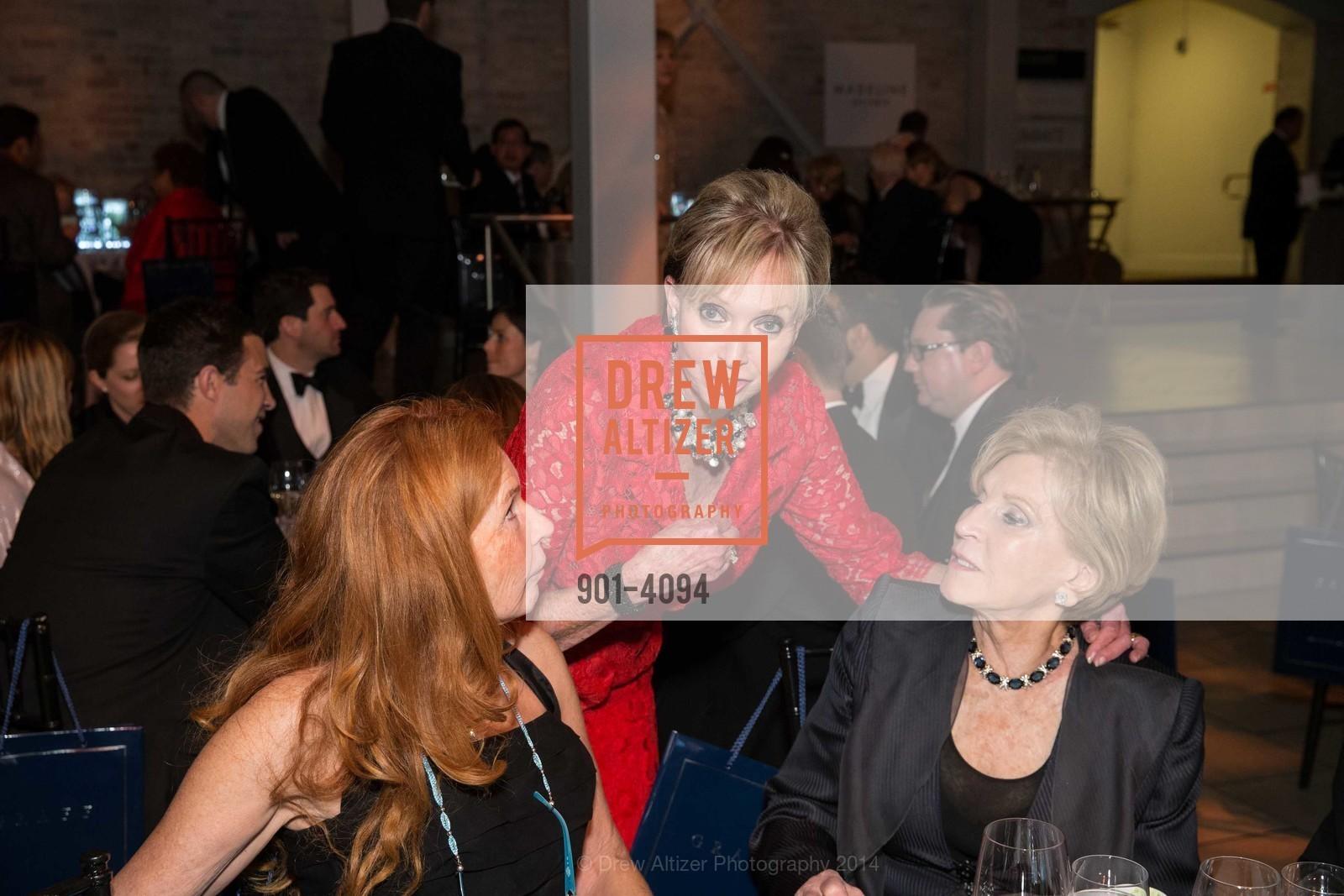 Sandy Schlumberger, Sallie Huntting, Lois Lehrman, Photo #901-4094