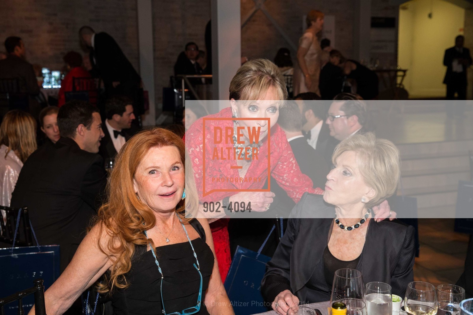 Sandy Schlumberger, Sallie Huntting, Lois Lehrman, Photo #902-4094