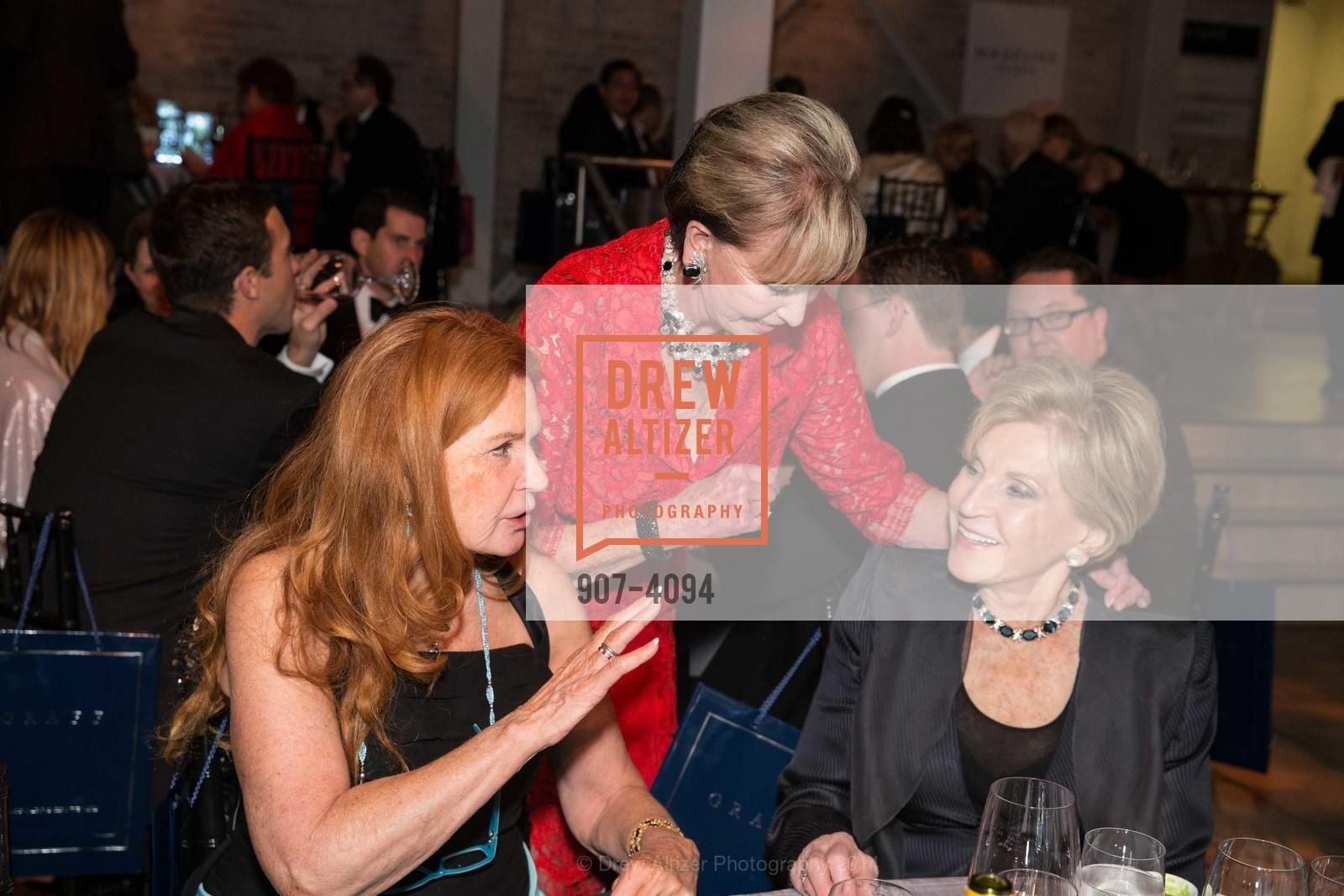 Sandy Schlumberger, Sallie Huntting, Lois Lehrman, Photo #907-4094