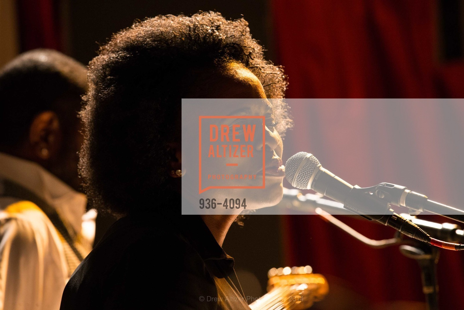 Performance, Photo #936-4094