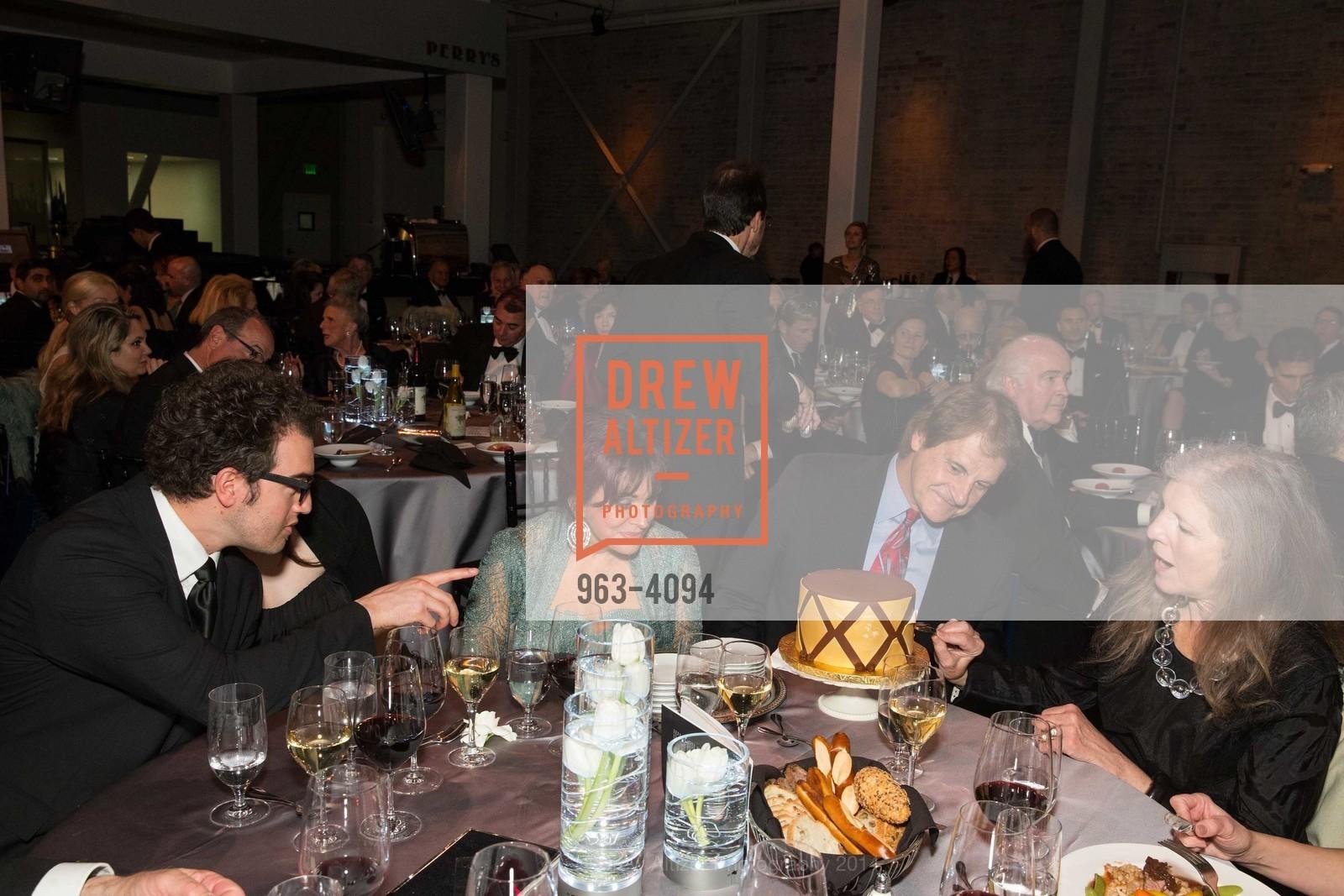 Ryan Torres, Devon La Russa, Elaine La Russa, Tony La Russa, Leah Garchik, Photo #963-4094