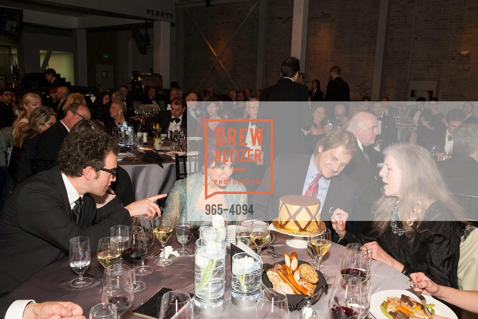 Ryan Torres, Devon La Russa, Elaine La Russa, Tony La Russa, Leah Garchik, Photo #965-4094
