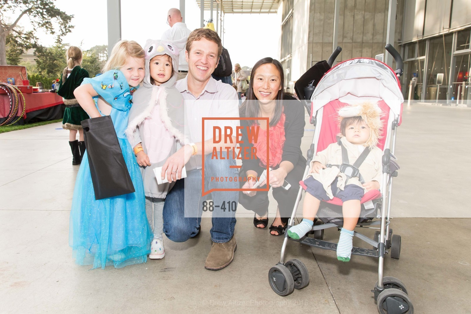 Robin Sunderland, Elise Teeple, Luke Teeple, Felicia Chiu, Grant Teeple, California Academy of Sciences Presents SuperNatural Halloween 2015, California Academy of Science. 	55 Music Concourse Dr, October 23rd, 2015,Drew Altizer, Drew Altizer Photography, full-service event agency, private events, San Francisco photographer, photographer California