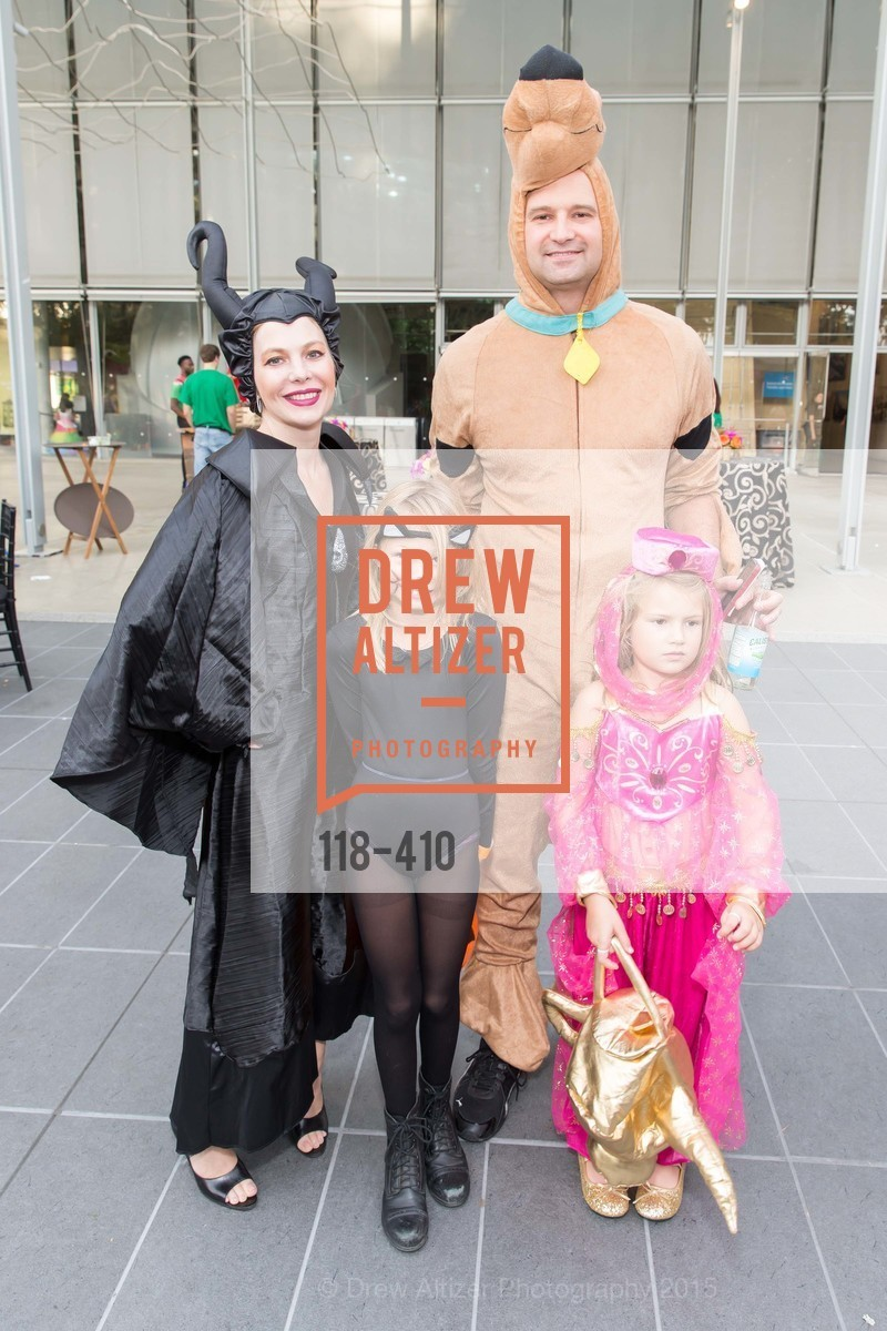 Mary Fiechter, Charlie Fiechter, Elizabeth Fiechter, Catherine Fiechter, California Academy of Sciences Presents SuperNatural Halloween 2015, California Academy of Science. 55 Music Concourse Dr, October 23rd, 2015,Drew Altizer, Drew Altizer Photography, full-service agency, private events, San Francisco photographer, photographer california