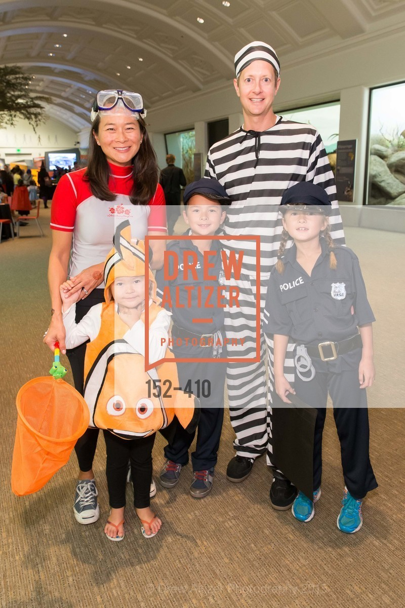 Jennifer Vander Marck, Carine Vander Marck, Theo Vander Marck, Paul Vander Marck, Annabel Vander Marck, California Academy of Sciences Presents SuperNatural Halloween 2015, California Academy of Science. 	55 Music Concourse Dr, October 23rd, 2015,Drew Altizer, Drew Altizer Photography, full-service agency, private events, San Francisco photographer, photographer california
