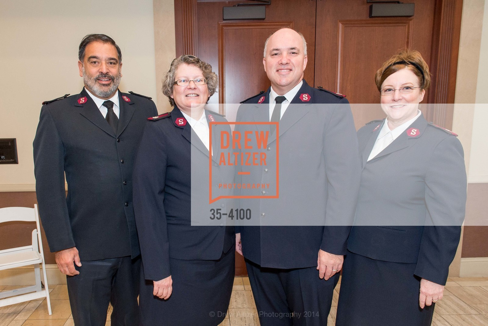 Maj. Beau Perez, Maj. Amanda Perez, Maj. David Pierce, Maj. Michelle Pierce, Photo #35-4100