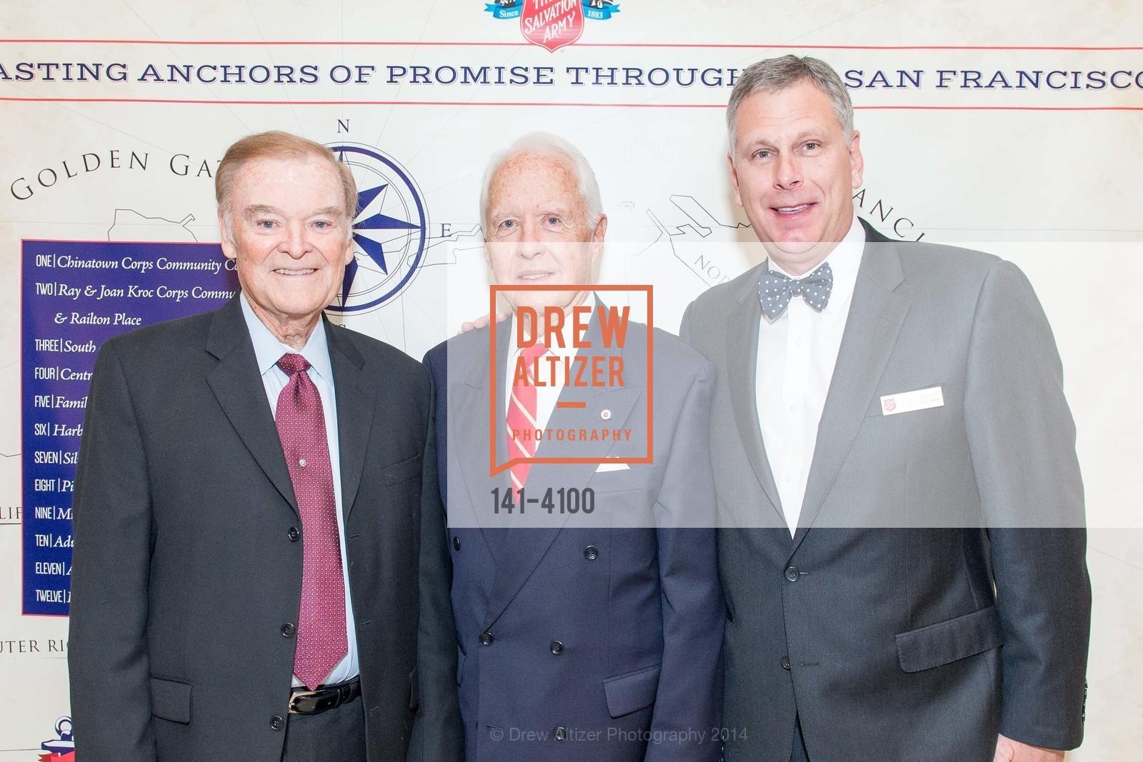 The Honorable Mayor Frank Jordan, RADM John Bitoff, Ernst Bauer, Photo #141-4100