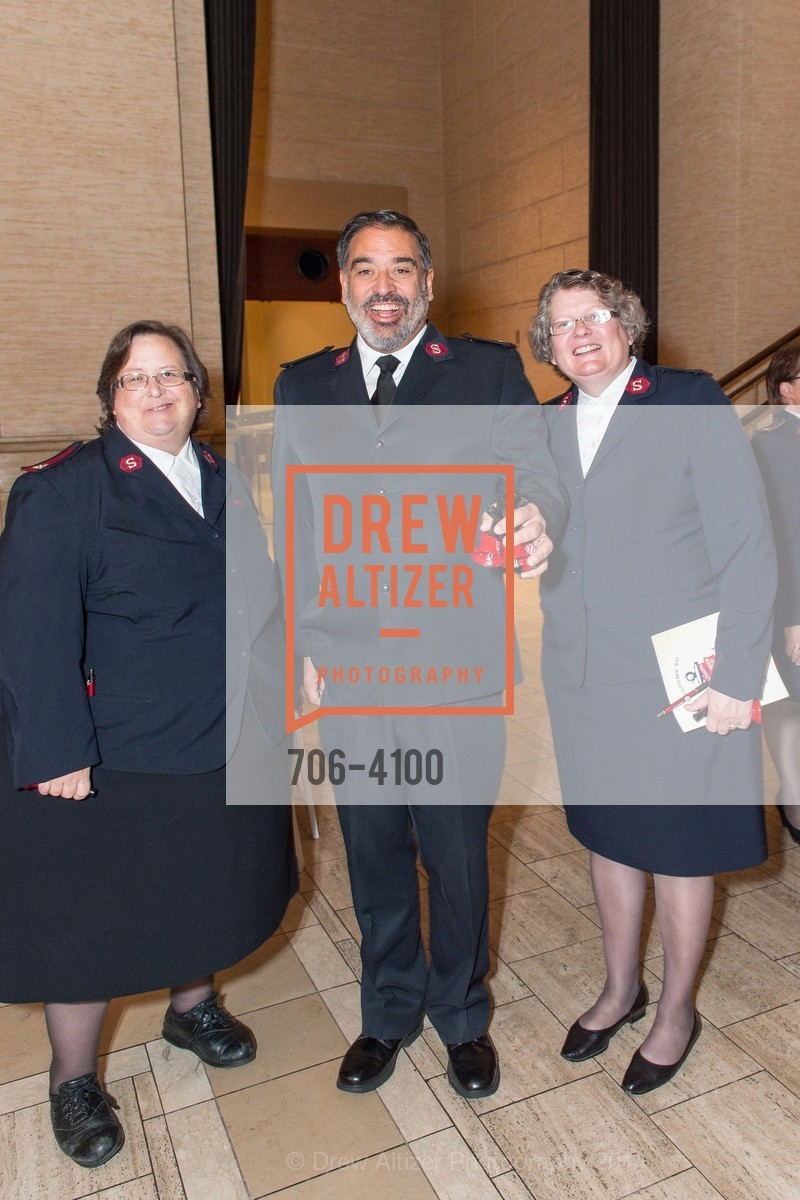 Maj. Donna Bowman, Maj. Beau Perez, Maj. Amanda Perez, Photo #706-4100