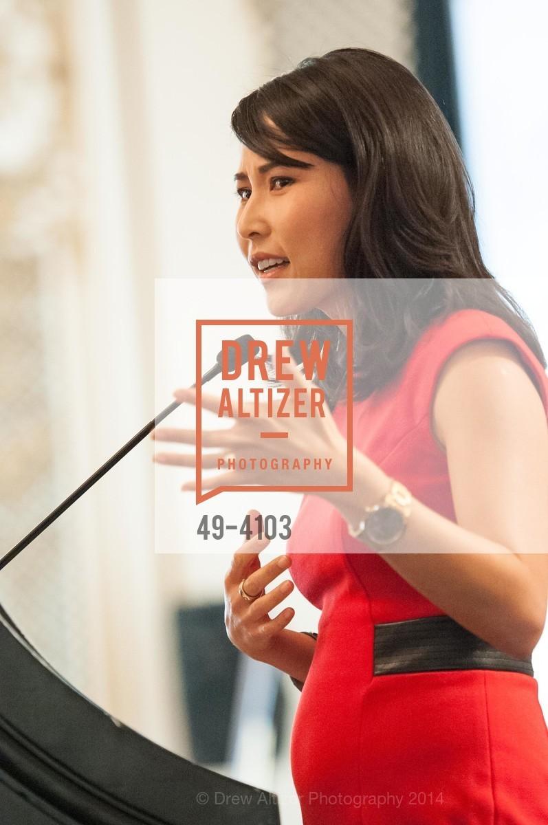 Vicky Nguyen, Photo #49-4103
