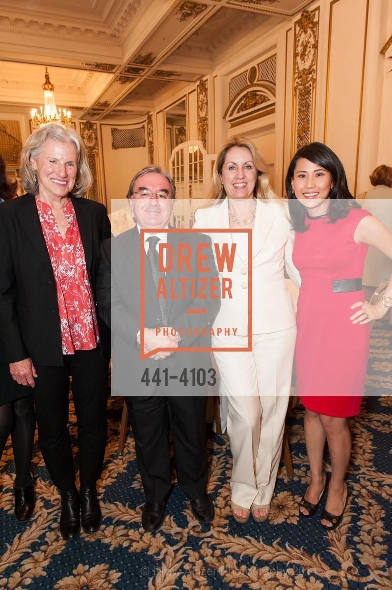 Kathy Tierney, Michael Webber, Jennifer Turpin, Vicky Nguyen, Photo #441-4103