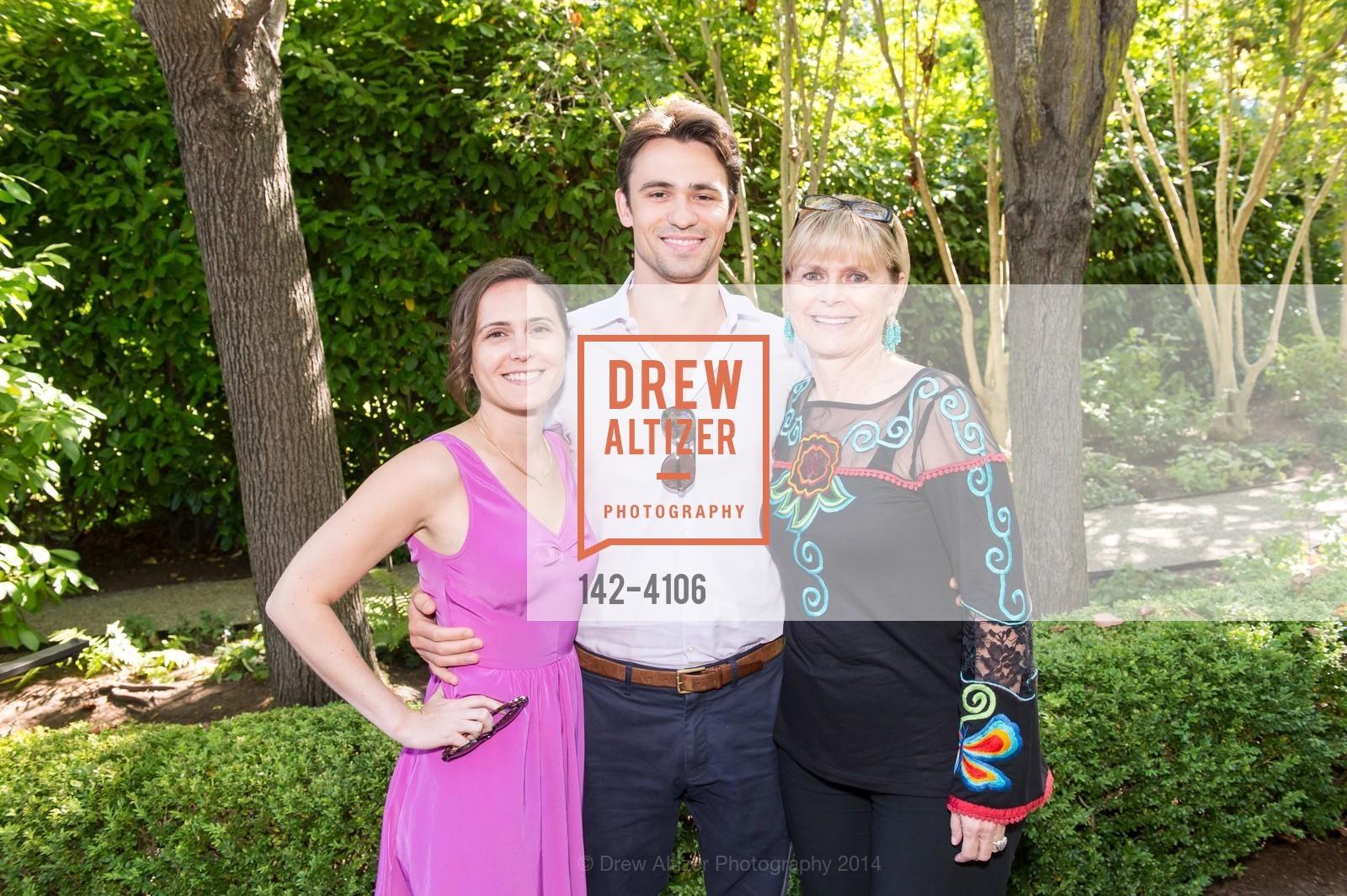 Jenna Riggio, Tom Moore, Robin Riggio, Photo #142-4106